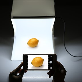 Mini lightbox studio
