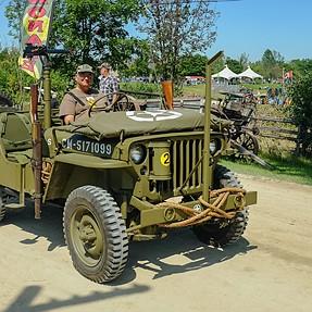 WW2 Willys 1942 with X100T