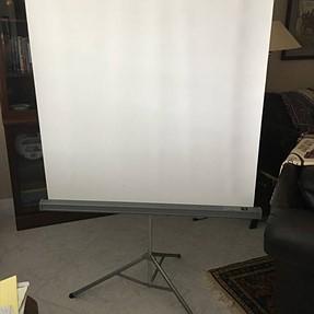 Cheap freestanding reflector idea?