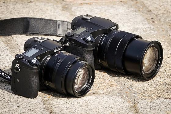 Kết quả hình ảnh cho Sony RX10 IV vs RX10 III vs RX10 II