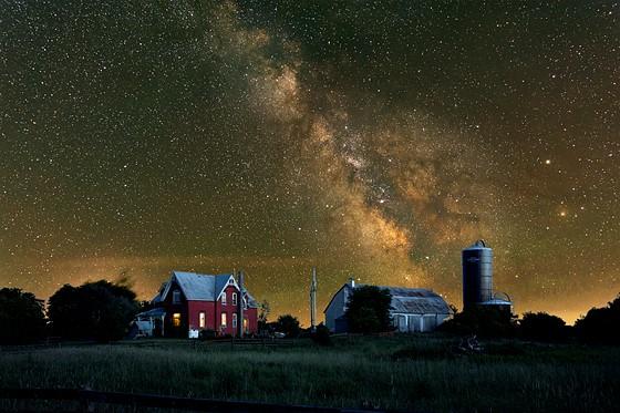 D7200 - Milky Way over Ottawa Countryside: Nikon DX SLR (D40