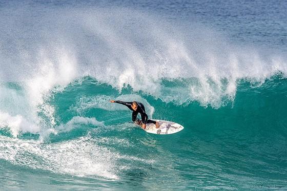Test Driving Nikon D90 Video With 10 >> Winter Surf - Monterey Peninsula: Nikon DX SLR (D40-D90, D3000-D7500) Talk Forum: Digital ...