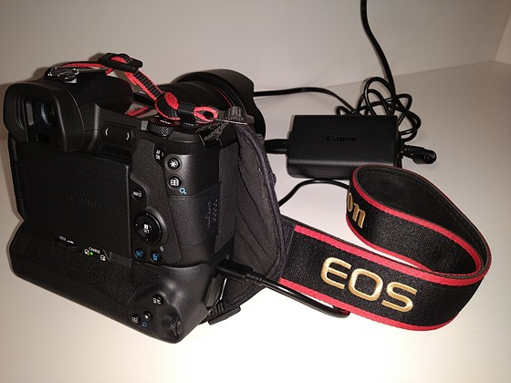 Re The Eos R Battery Grip Canon Eos R Talk Forum Digital