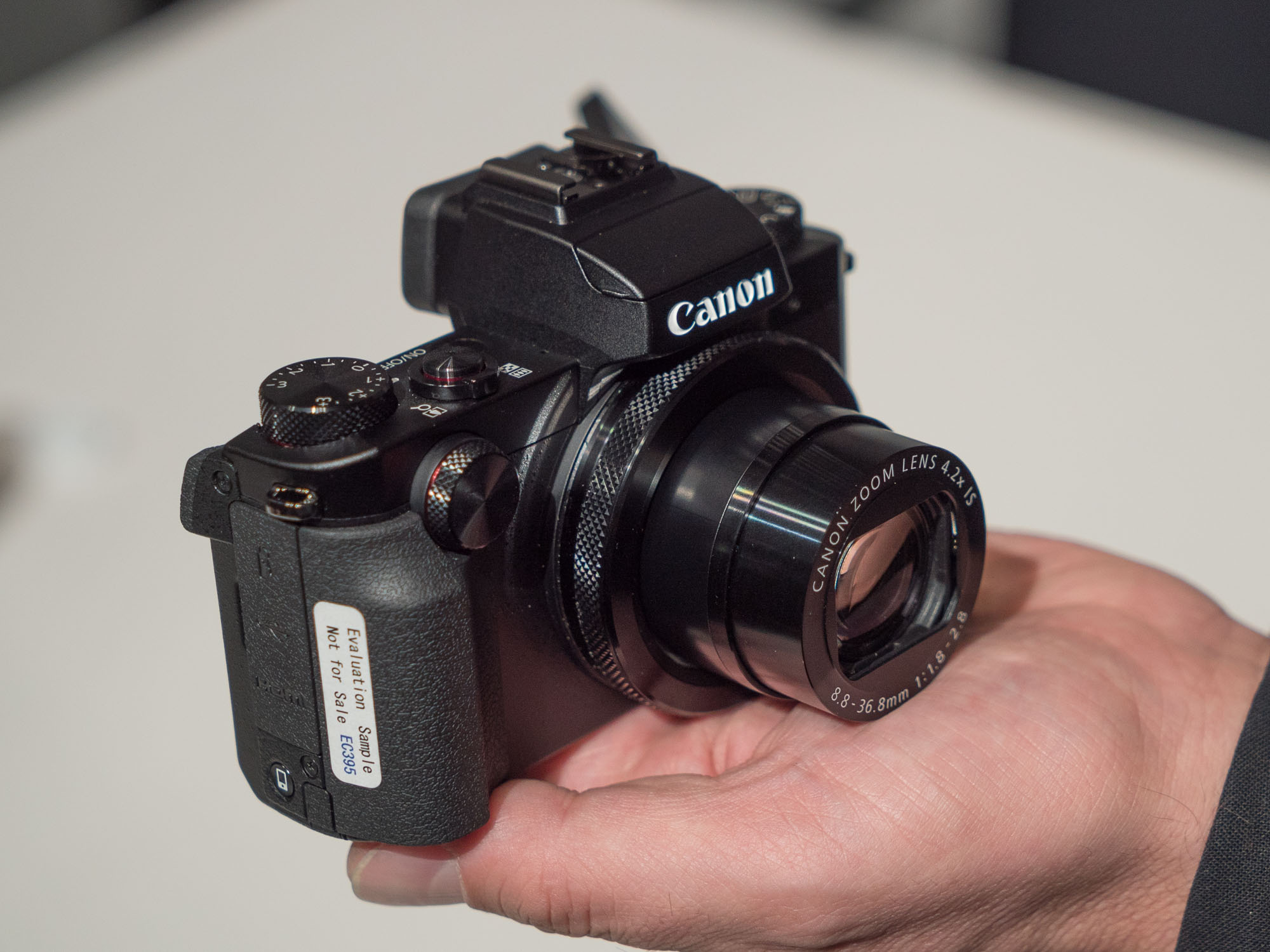 Hands On With Canons New Powershot G5 X G9 Compacts Digital Canon G5x Kamera Pocket Photography Review