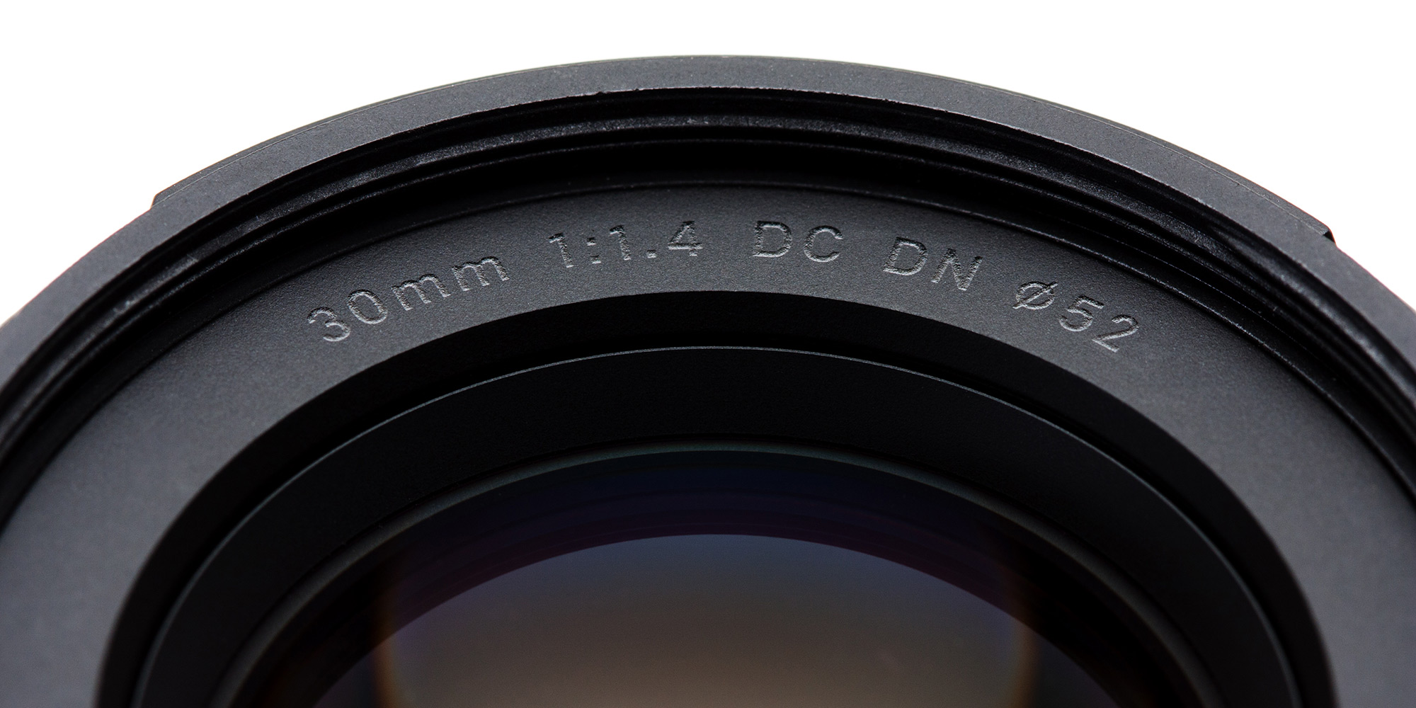 Sigma 30mm F1 4 DC DN Contemporary for Sony E-mount lens review